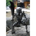 30 cm Scrap Metal Predator with Long Spear