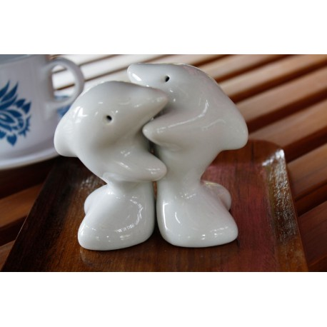 Dolphins hugging white salt and pepper shakers redwing - Hugging salt and pepper shakers ...