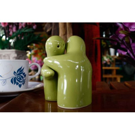 Hugging people green salt and pepper shakers redwing imports - Hugging salt and pepper shakers ...