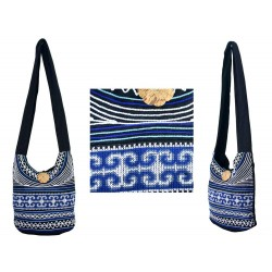 Blue streams shoulder bag